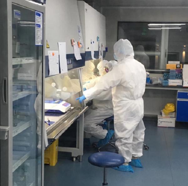 海力特旗下第三方检测实验室加班加点进行新冠病毒核酸检测